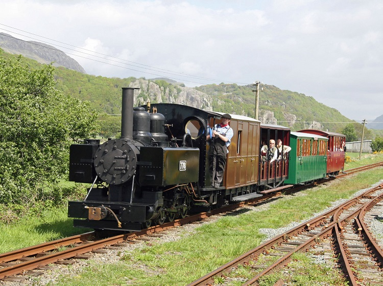 2 778 in Wales May 2009_Cliff Thomas