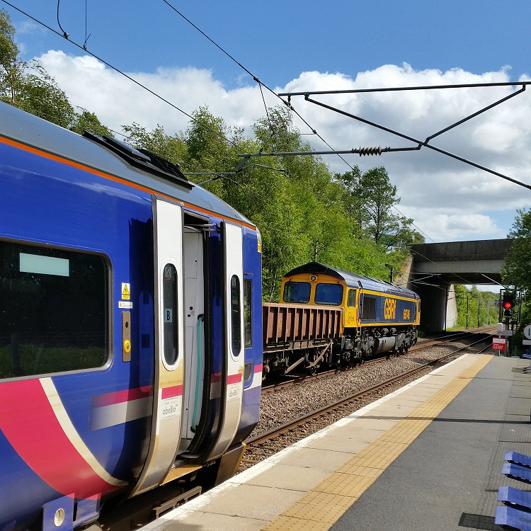 4 Newcraighall station looking towards the Borders Line by Allan McLean