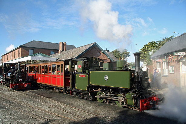 Talyllyn Rly Wharf station_Cliff Thomas