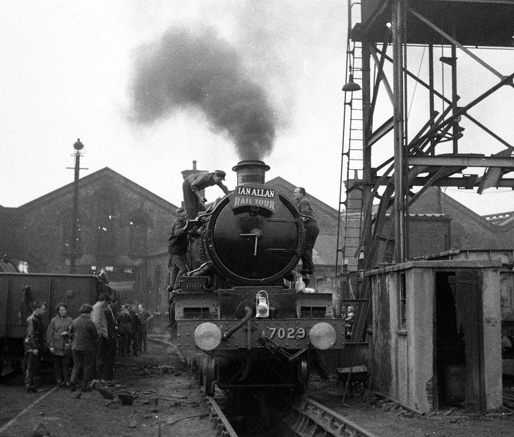 Ian Allan Railtour engine 7029 Clun Castle being serviced at Leeds in September 1967 Geoff Marsh