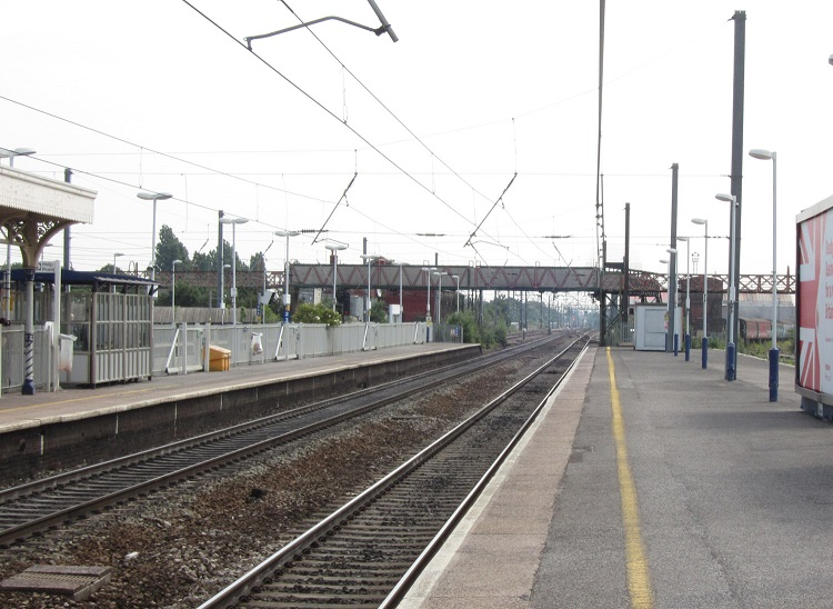 6 Southall platforms and footbridge as it is today Phil Marsh