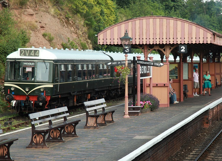 The Summer evening cruise train at Bewdley  by Phil Marsh