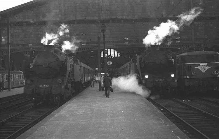 Paris GD Nord in steam days Geoff Marsh