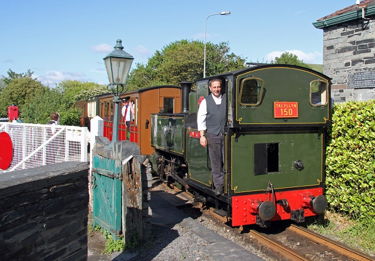 last gala train at Pendre Cliff Thomas