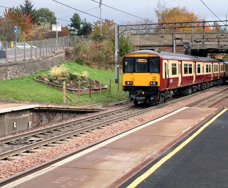 2 Glasgow suburban train by Phil Marsh