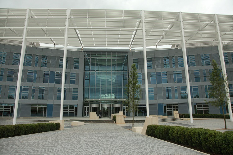 2 Network Rail HQ in Milton Keynes by Phil Marsh