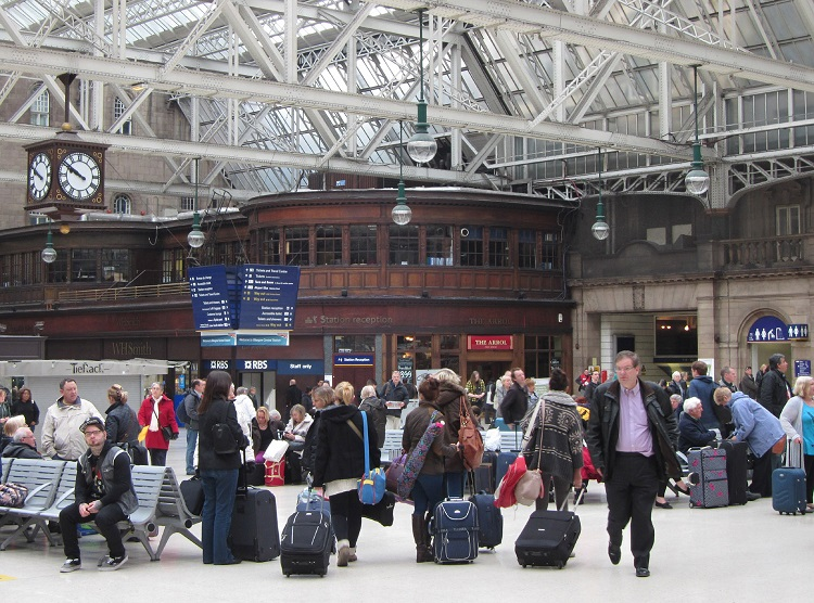 5 Holiday passengers at Glasgow Central Phil Marsh
