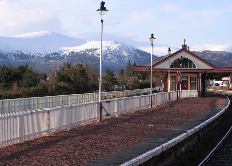3 Aviemore station by Phil Marsh