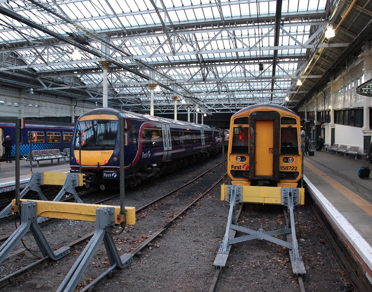 5 Scotrail Class 170 and 158 at Edinburgh by Phil Marsh