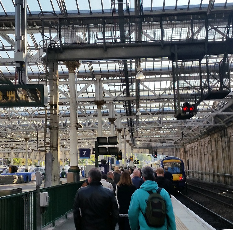 2 Queues at Edinburgh Waverley for the first public Borders train at 0911 to Tweedbank by Allan McLean