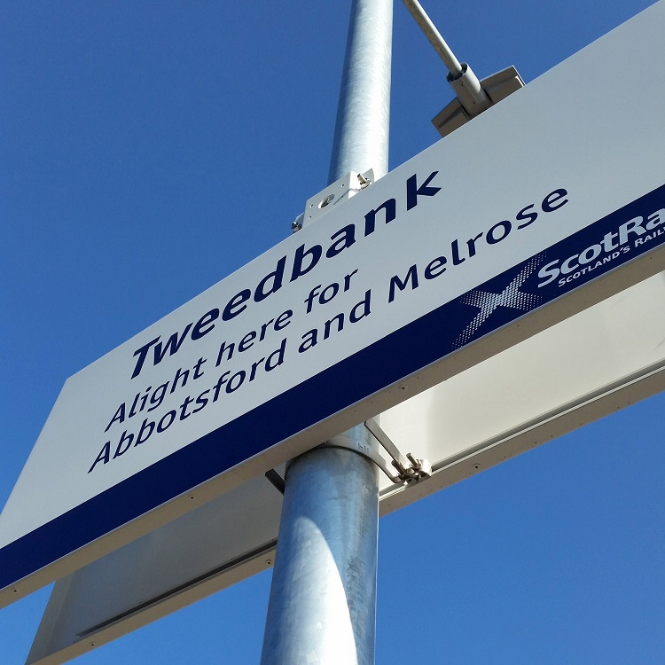 8 Tweedbank sign by Allan McLean