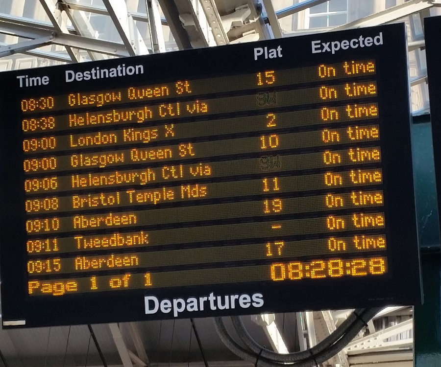 Train travel advise and train tickets for the UK Rail Networks | Rail.co.uk