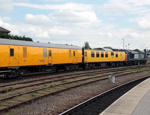 Network Rail Colas operated train by Phil Marsh