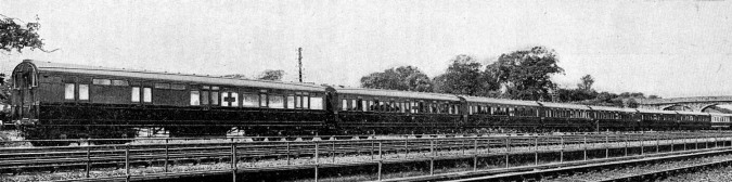 8 1915 Wolverton Ambulance train official pic at Wolverton Phil Marsh